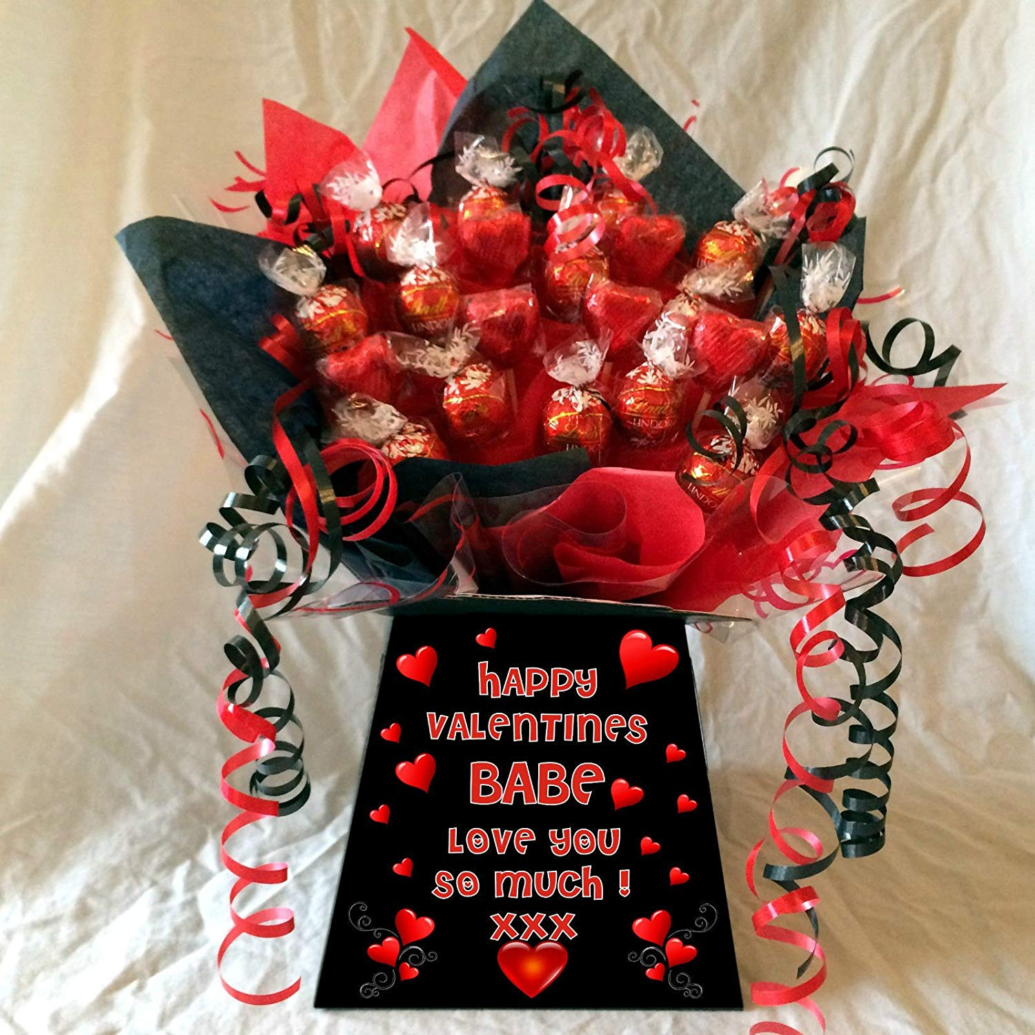 Personalised Valentines Lindt Lindor Sweet Chocolate Bouquet Hamper